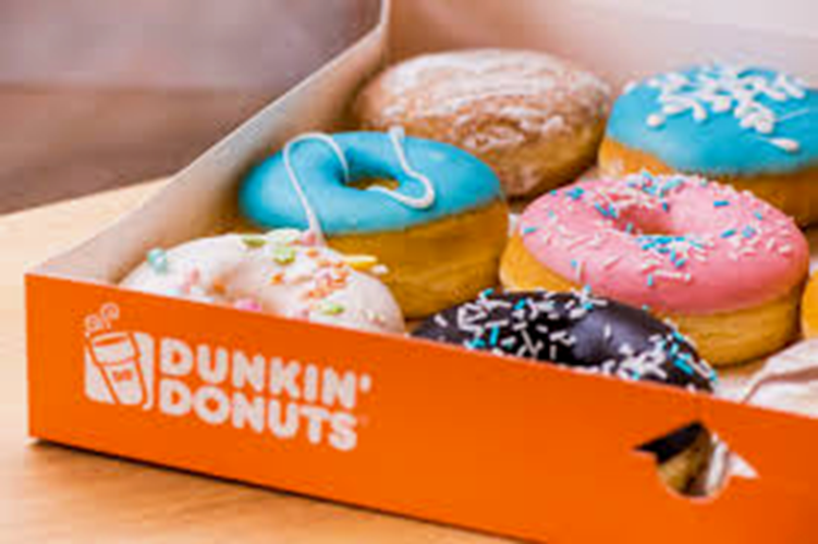 Dunkin' opent in Flagship store in Brussel